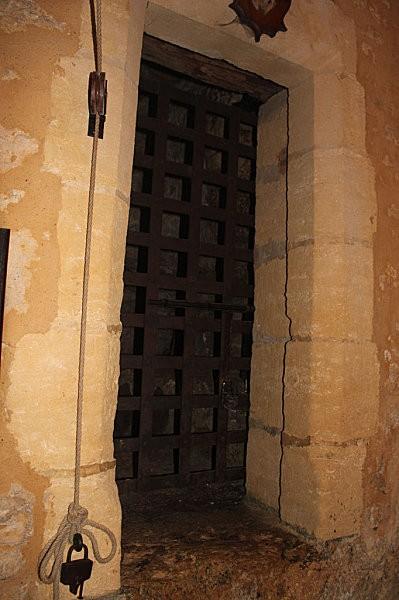 maison forte de reignac -10-