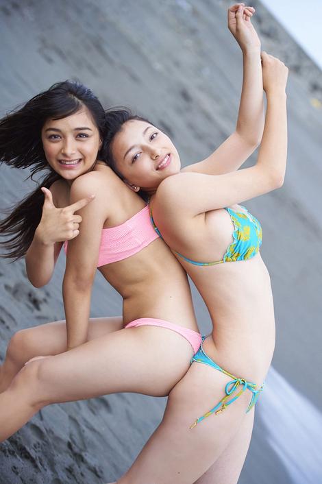 WEB Gravure : ( [ヤンマガデジタル写真集/Younmaga digital photograph collection] - Eri Mari sisters/エリマリ姉妹 : 「Eri-Mari」 )
