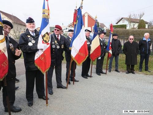 """* 74ème anniversaire de la Libération. Cérémonie  à la stèle """"4ème Choc - Cluny"""", à Frahier, lieu-dit """"Les Barres""""."""