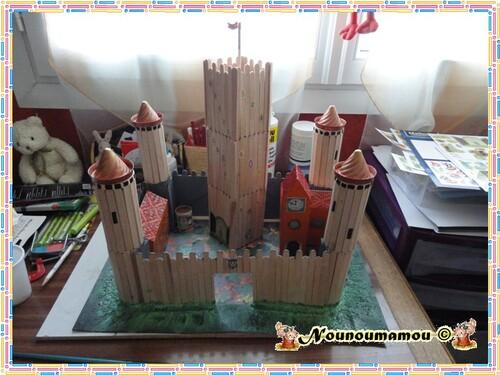 Fixation du château sur la plaque