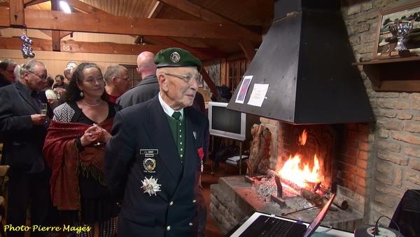 Le Colonel Rondy, grand Croix de la Légion d'Honneur, a été reçu à l'aéro-club de Châtillon sur Seine
