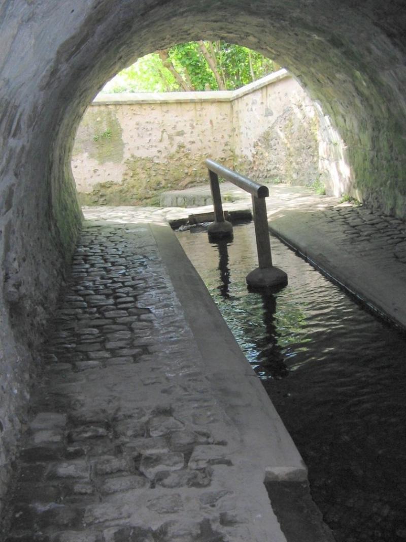 VILLENEUVE SUR YONNE (Yonne) : suite 3 et fin