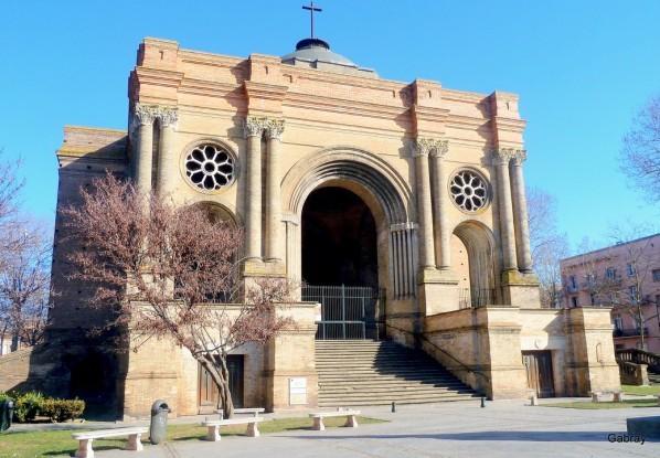 Y01 - L'église