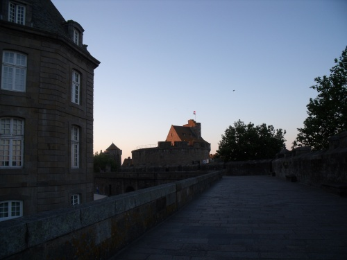 La Cité Intra-Muros