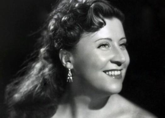 Yvette Giraud Harcourt 1946