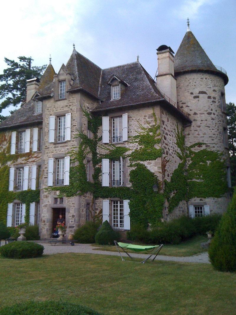 Château de Carbonat.jpg