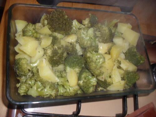 Gratin de brocolis/pommes de terre...Tout simple...