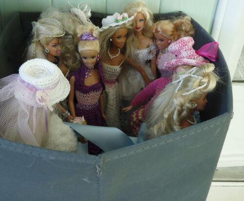 S.O.S des  Barbies relookées