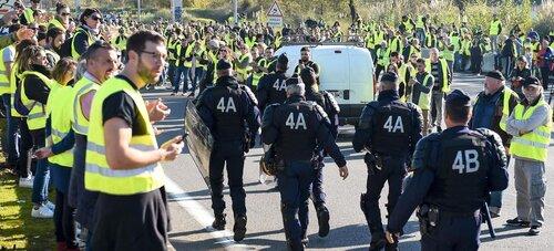Le 17 novembre n'a pas touché Macron et ses disciples.