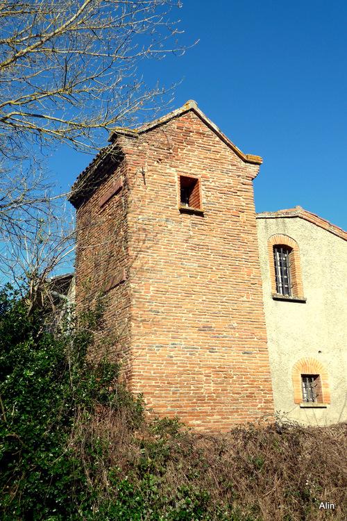 La maison à la tour