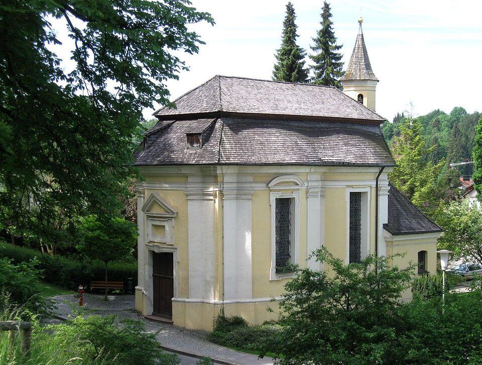 Am Maxtor 7 Kapelle Hl. Kreuz Schongau-2.jpg