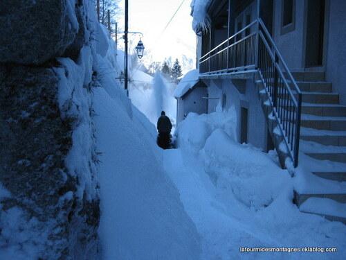Skieurs contre habitants