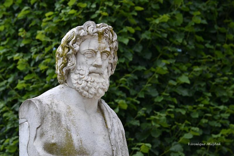 Rambouillet : Aesculapio : Dieu de la Médecine grecque antique
