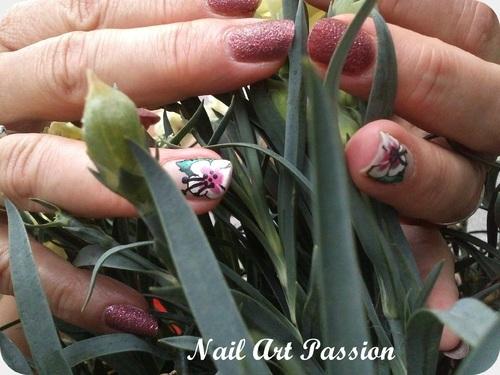 nail art texturé et fleur d'hibiscus !