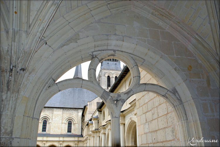 Photos de la salle Capitulaire - Abbaye de Fontevraud