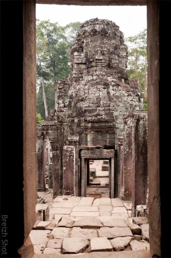 Angkor Thom, le Bayon - Visage à quatre faces