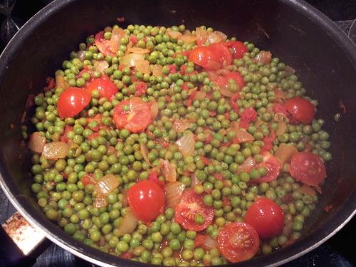 ° Poêlé de petits pois, tomates et jambon