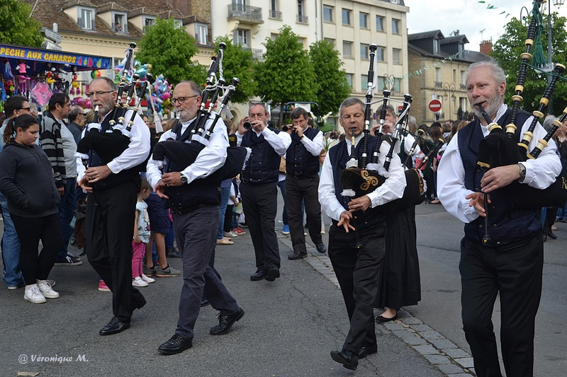 Rambouillet : Fête du Muguet : défilé (fin)