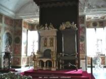 RosenborgSlot-trones
