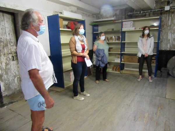 La Bibliothèque Municipale de Châtillon sur Seine a ouvert pour la dernière fois les cachots de  l'ancienne prison aux visiteurs....