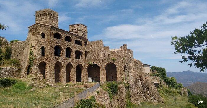 L'ermitage San Pere de Rodes en Catalogne (juillet 2015)