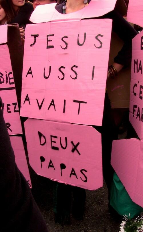 Manifestation anti-cathos/fachos à toulouse le 17 novembre