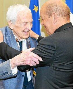 * 3 Anciens du B.M 24 faits Chevaliers de la Légion d'Honneur