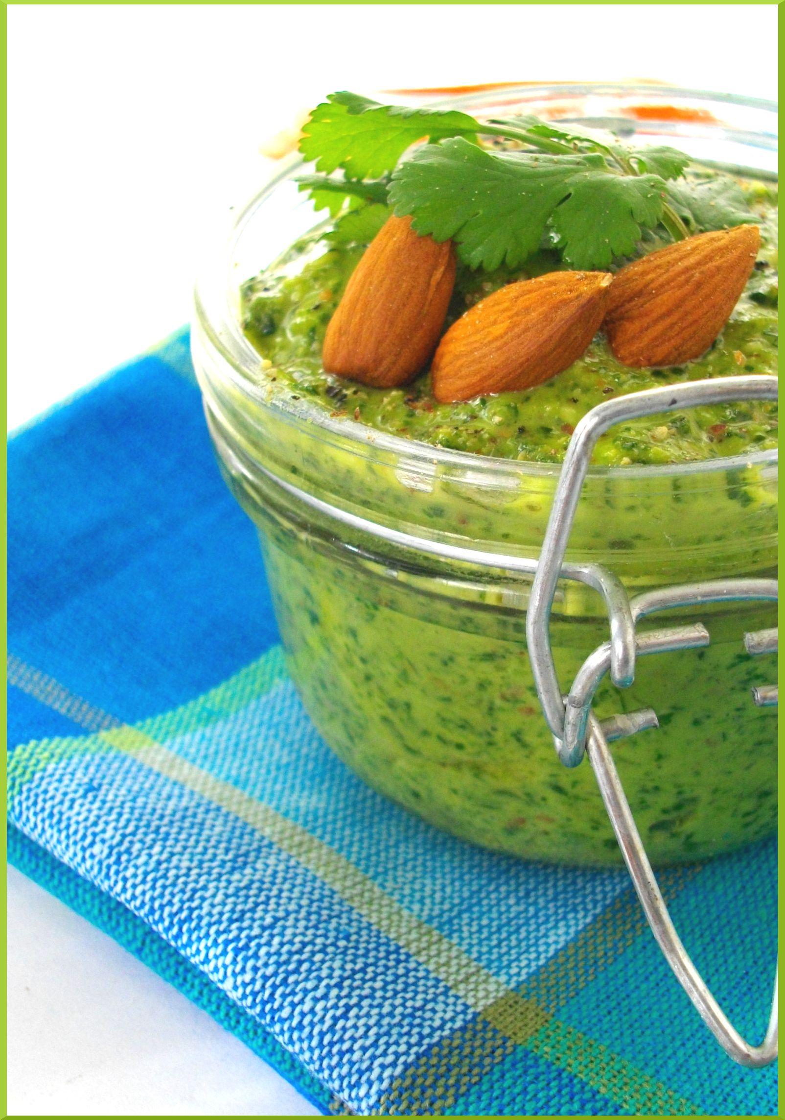 Pesto de coriandre aux Amandes & Citron