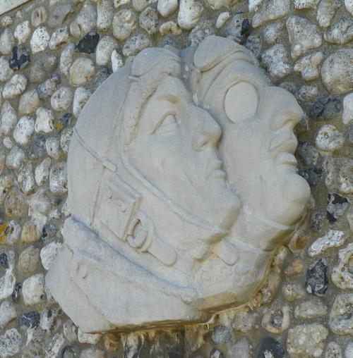 Etretat et le monument Nungessen et Coli