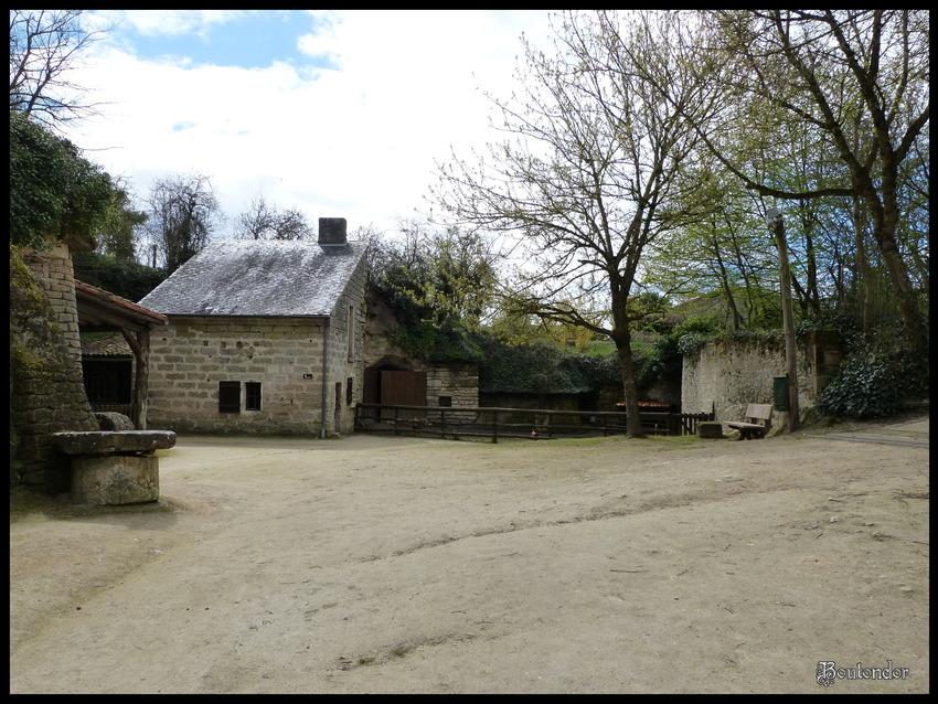 Louresse-Rochemenier