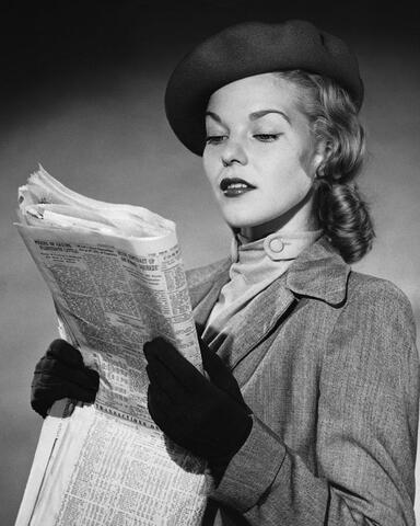 12 - Les dames et le journal