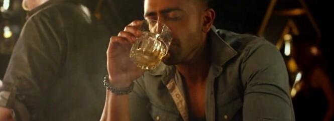 «Jameson» : Jay Sean noie son chagrin dans l'alcool