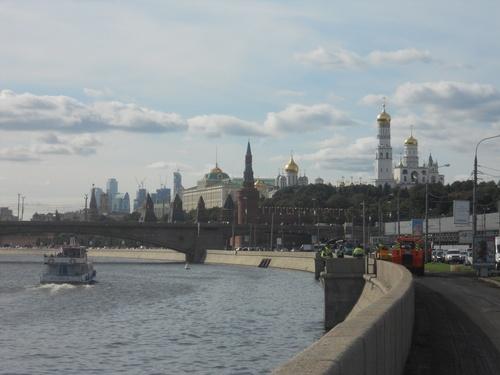 Bord de la Moskva, vue sur le Kremlin