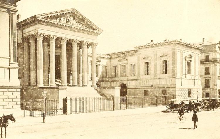Le Palais de Justice de Montpellier, ancienne capitale du Bas-Languedoc, entre l'antique voie Domitienne, la Lez et La Mosson (photographie tirée sur papier albuminé. Non datée)