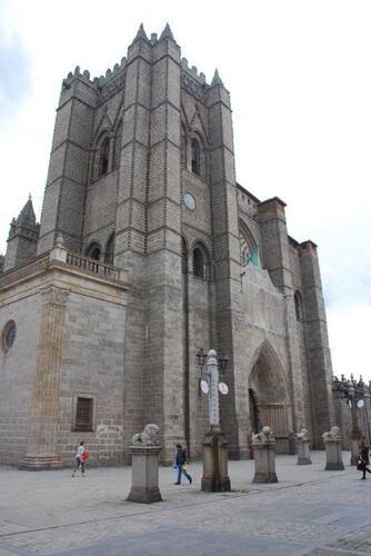 L'imposante cathédrale