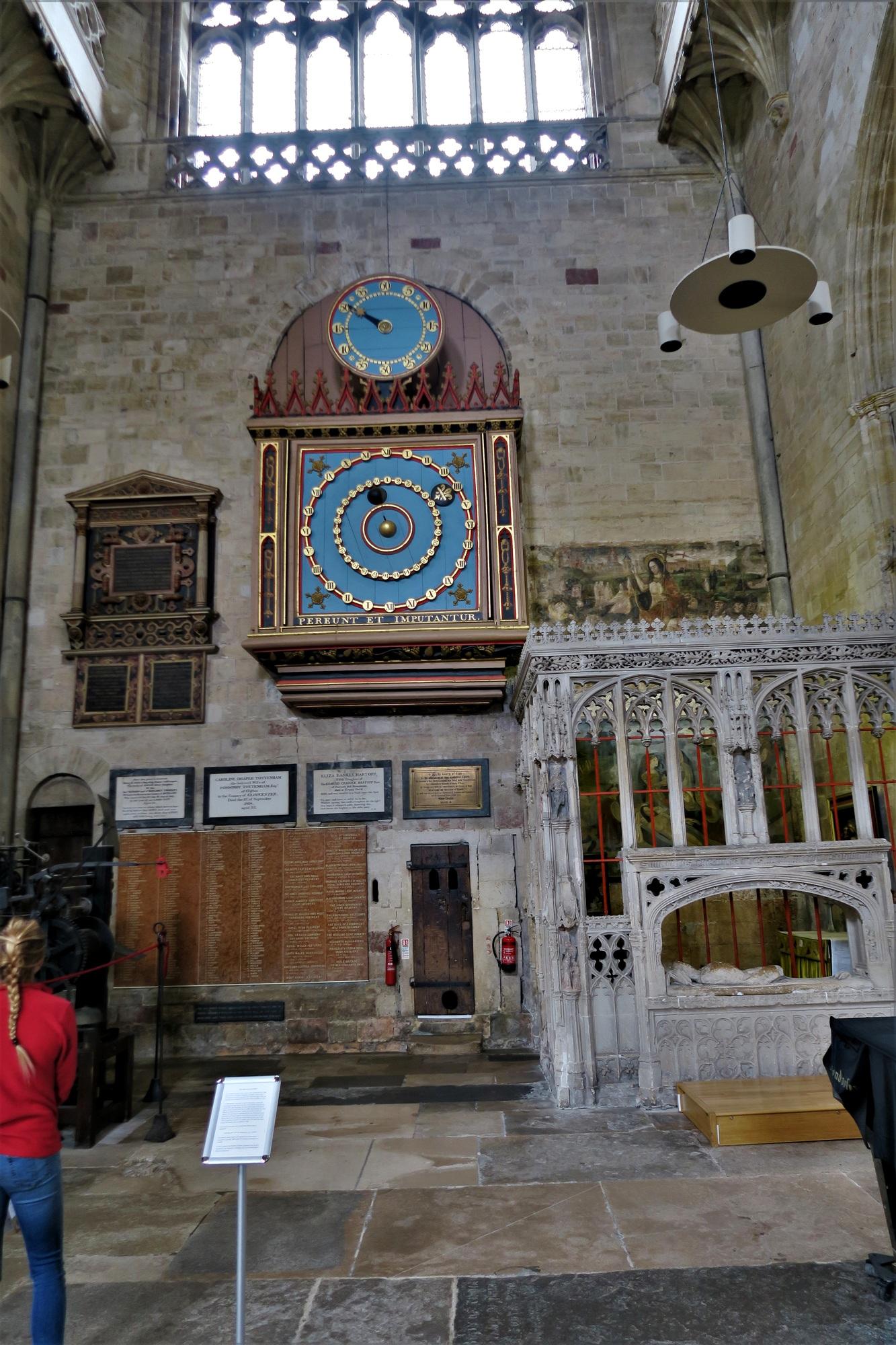 EXETER. Cathédrale. L'Horloge Astronomique.