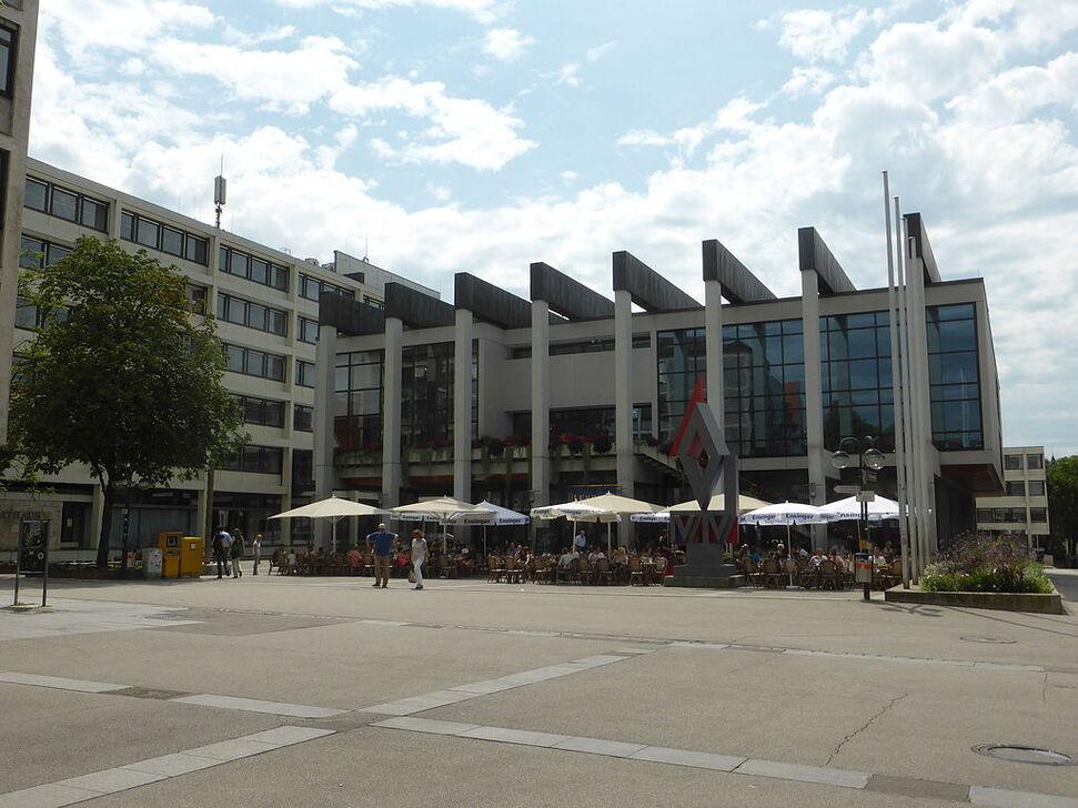 RT-Neues Rathaus 1.JPG