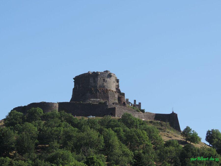 Murol - le chateau (63)