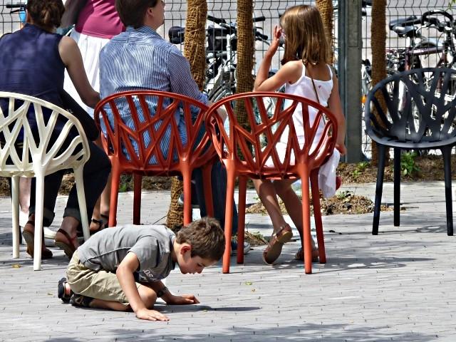 Centre Pompidou Metz 2 visiteurs 12 06 10