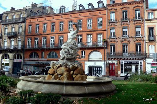 Toulouse : place Roland