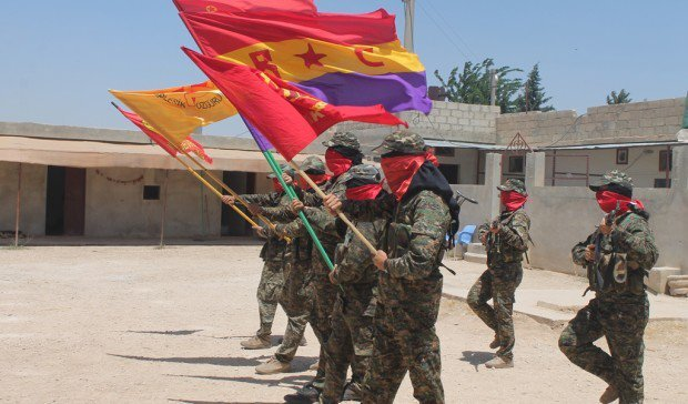 (ALERTA !) État espagnol : des volontaires communistes internationalistes arrêtés à leur retour de Rojava