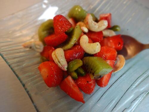 Salade de fruits frais et fruits sec, vanille et sirop d'érable [Vegan]