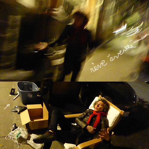 LIVING ROOM IN THE STREET DARK VADOR - 2
