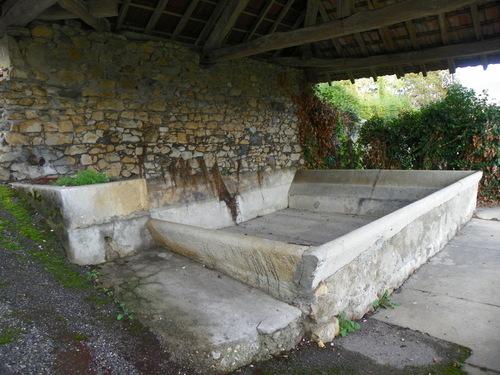 Le lavoir de Massignieu-de-Rives