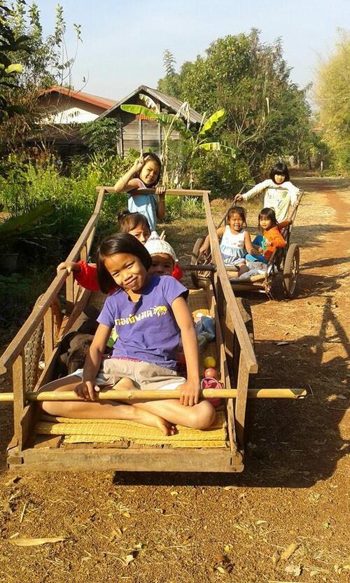 Thaïlande : Pur Isan ! La page de รักษ์อีสาน รักบ้านเกิด* (2)