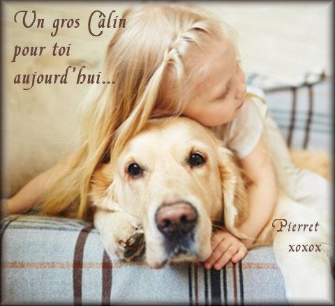 post 2 - petite fille donne un gros câlin à son chien
