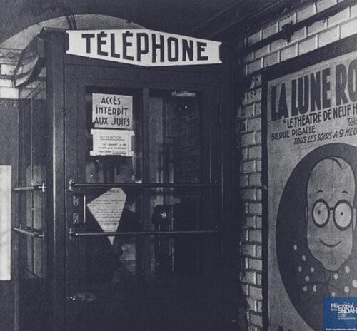Cabine téléphonique de Paris interdite aux Juifs