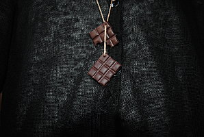 Bonbon en collier en pâte fimo