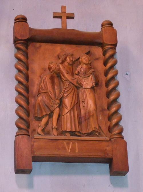 Saint Véran et ses croix de mission.