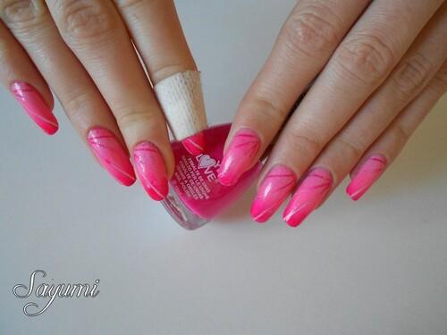 Nail Art gradient inversé et rayons